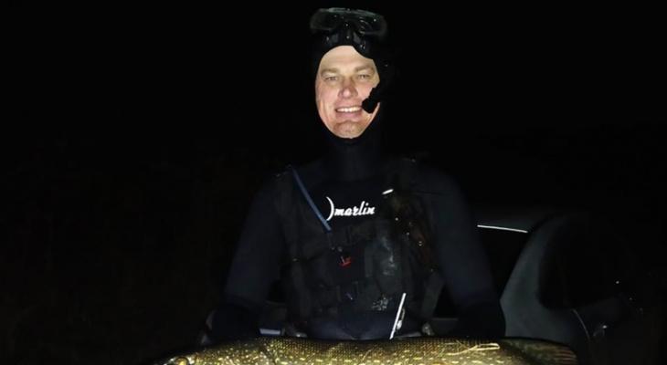 """""""Не-каждый-решится-залезть-ночью-в-ледяную-воду"""":-рязанец-рассказывает-о-<b></noscript>подводной-охоте</b>"""