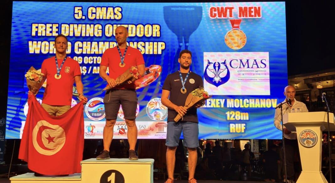 klovar-beats-out-molchanov-in-cnf-discipline-at-cmas-freediving-world-championships